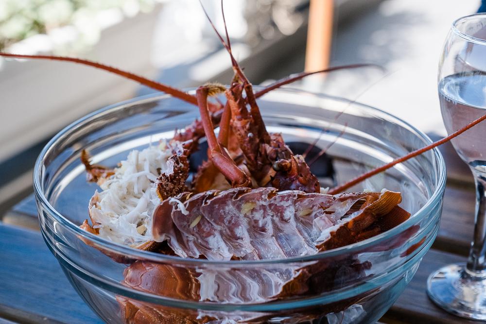 Gedämpfte Langusten im Restaurant Panama Jacks an der Waterfront in Kapstadt Südafrika